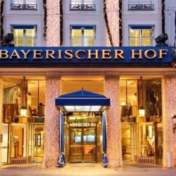BayerischerHof_Eingang
